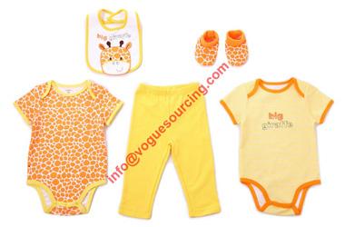 5-pcs-baby-clothing-set-voguesourcing