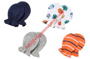 baby-mittens-set-voguesourcing
